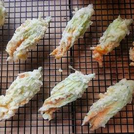 Fried Stuffed Zucchini Flowers
