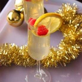 Lemon Raspberry Champagne Cocktail