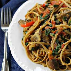 Linguine with Baby Bellas, Peppers and Greens