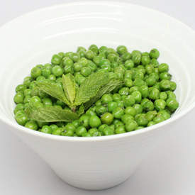 Beautiful Buttered Peas with Mint