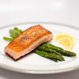 Pan-Seared Salmon with Lemon Butter Asparagus