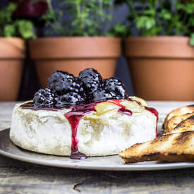 Baked Blackberry Brie