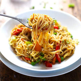 Stir Fried Noodles with Garlic Ginger Sauce