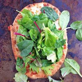 Superfood Salad Naan Pizza