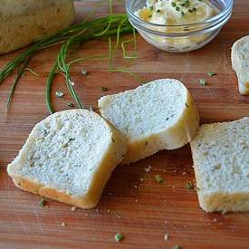 Vegan Sour Cream Chive Bread