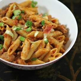 Penne with Roasted Red Pepper Sauce