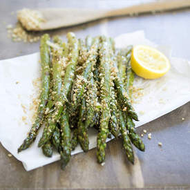 Roasted Asparagus With Garlic Breadcrumbs