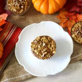 Individual Baked Pumpkin Pie Oatmeal Cups