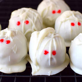 Pumpkin Cheesecake Truffle Mummies