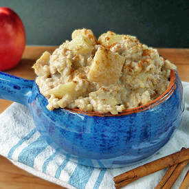 Slow Cooked Apple Pie Oatmeal