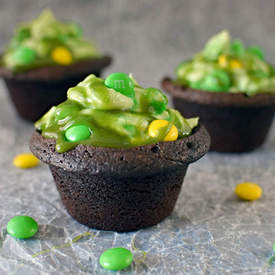 M&M Cheesecake Brownie Cauldrons