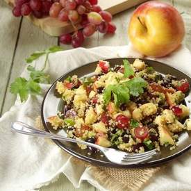 Quinoa Salad with Black Beans, Apples & Red Grapes