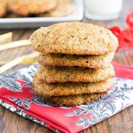 Banana hazelnut cookies