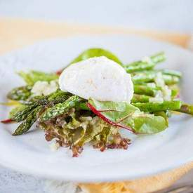 Poached egg asparagus salad