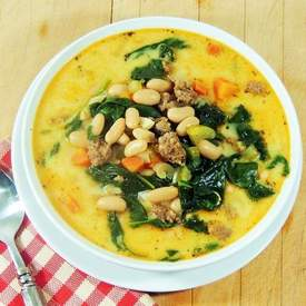 Spicy Sausage, White Bean, and Spinach Soup
