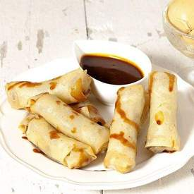 Banana lumpia with caramel sauce