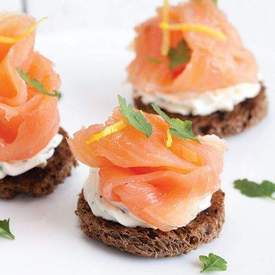 Smoked salmon with herb cheese toast