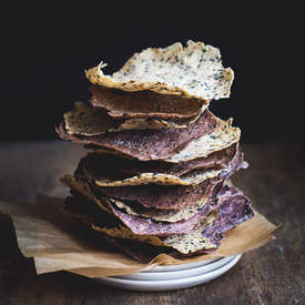 Black sesame & wild rice crackers