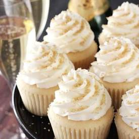 Best Easy Champagne Cupcakes