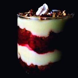 Healthy Breakfast Parfait – 2 Style (Fruit and Chocolate)