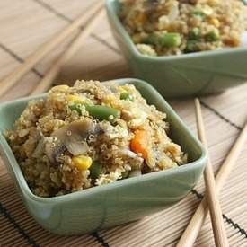 Quinoa egg fried 'rice'
