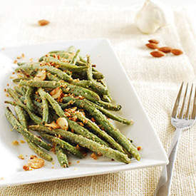 Garlic almonds roasted green beans